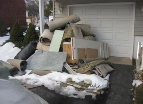 junk hauling cleanout